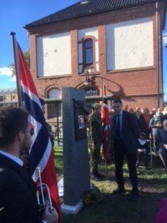 Avduking av krigsminnesmerke