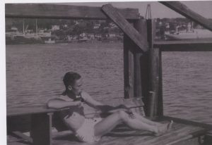 Bilde 01-07 Johan en sommerdag ved Larvik 1936