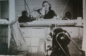 Bilde-03-06-Fra-systua-i-Larsen-gården-1949.jpg