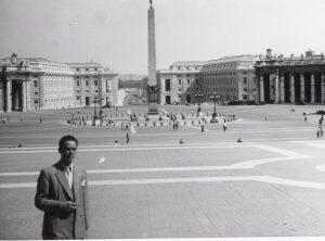 Bilde-03-07-Mikkelsen-i-London-1948.jpeg