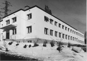 Bilde-08-21-LIFA-med-lagerhall-1980-.jpeg