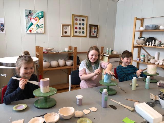 Keramikkverksted med Barnas Historielag