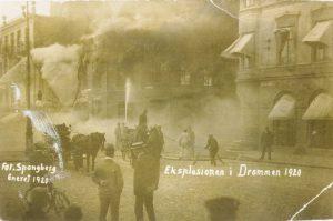 Eksplosjon Axel Helgeland 1920